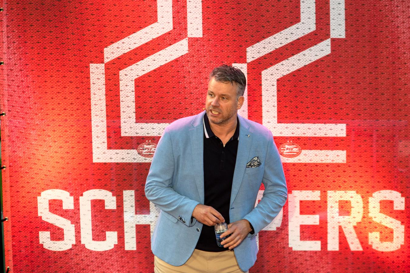 Rob Scheepers kwam vorig jaar in coronatijd 28 keer met een voorstelling in het Philips Stadion.