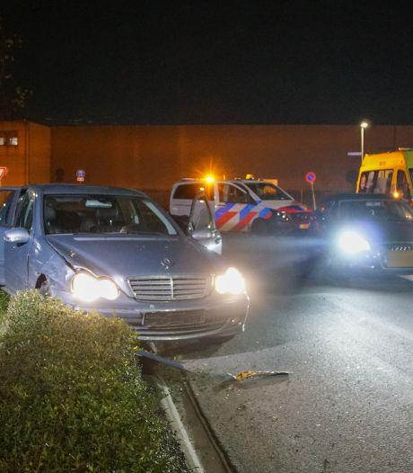 Bestuurder rijdt door na ongeluk in Nijmegen