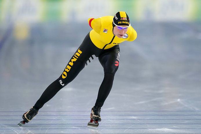 Carlijn Achtereekte tijdens de 5000 meter.