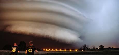 Stormchasers jagen door de hele regio op stormen: 'Je bent overgeleverd aan de grillen van Moeder Natuur'