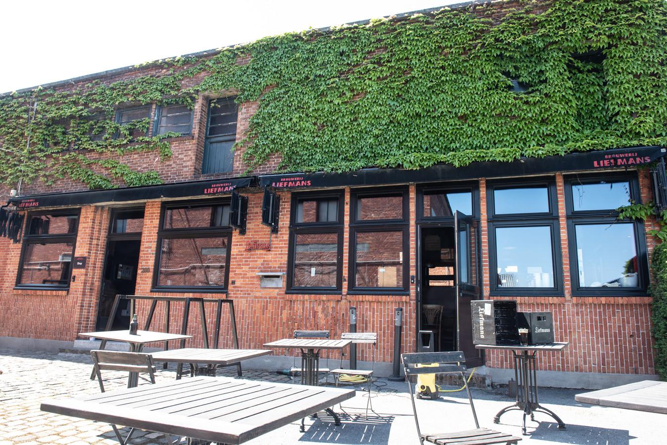 Er komt een terras op de binnenkoer van de brouwerij...