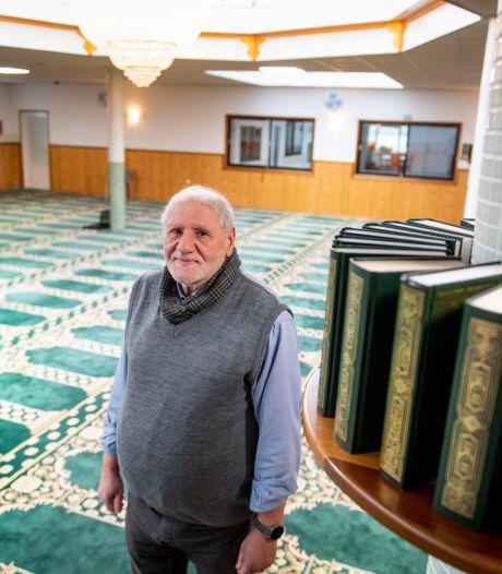 Ramadan in lockdown, hoe doen de Almelose moskeeën dat? 'Om kwart voor tien moeten bezoekers weg'