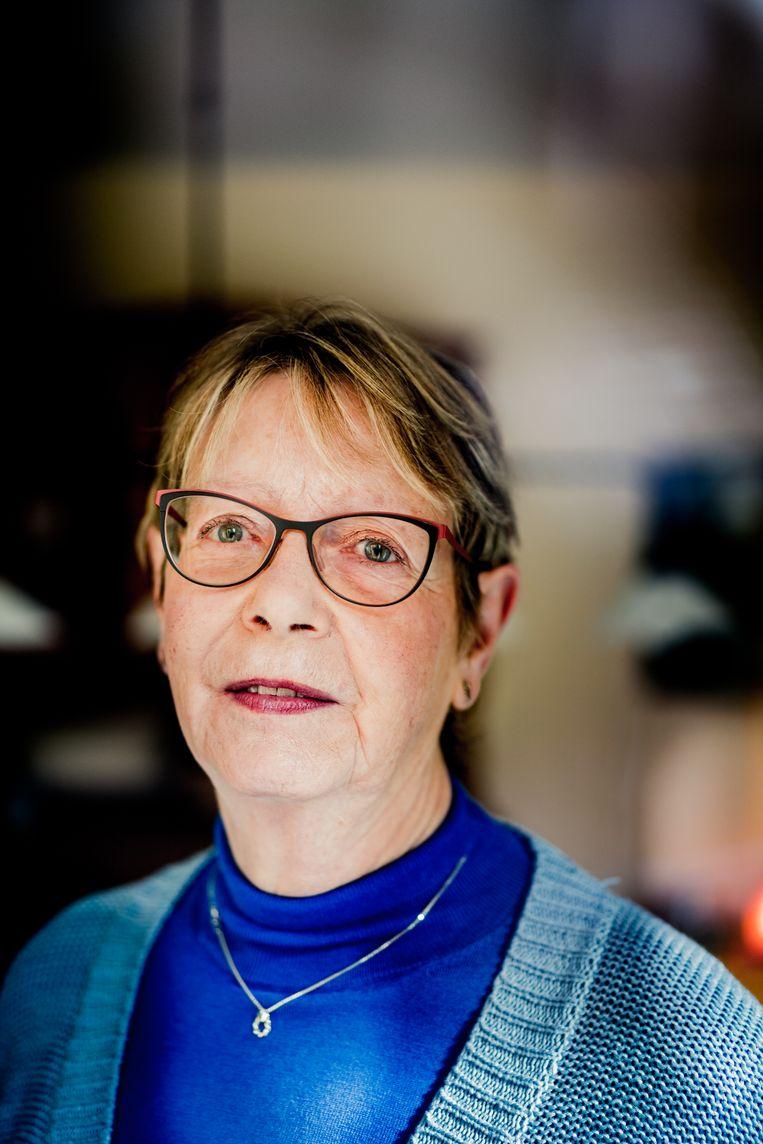 Arlette Lemmens: 'Ik heb zelf veel last van eenzaamheid: mijn vrijwilligerswerk is ook egoïstisch.' Beeld Wouter Van Vaerenbergh HUMO 2020