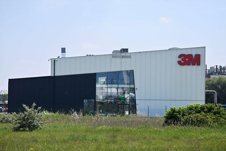 De vestiging van chemiefabrikant 3M in Zwijndrecht is verantwoordelijk voor de ernstige bodemvervuiling.  Beeld BELGA