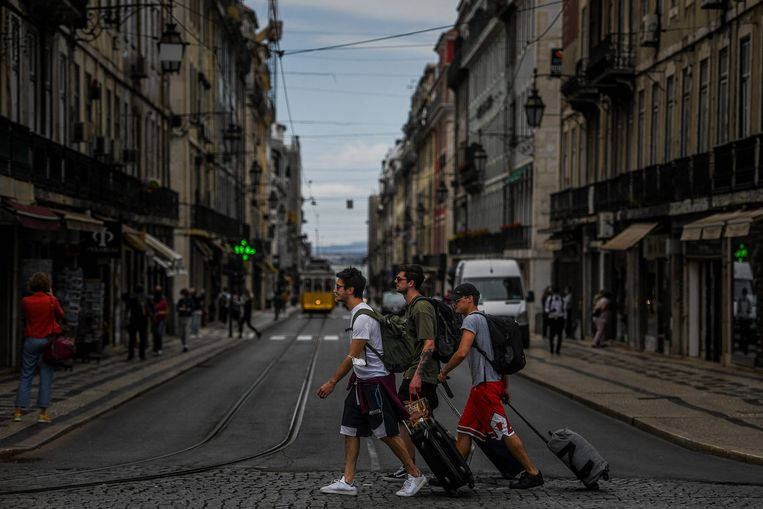 In Lissabon is de avondklok, net als in de rest van Portugal. Beeld AFP