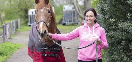 Hoe neem je afscheid van de 'liefde van je leven'?  Hengelose Chantal over haar paard Fellow (34)