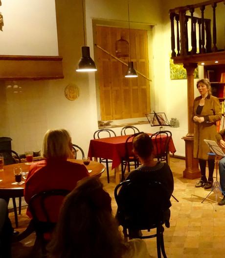 Sfeervolle start Heusdens gedichtenfestival 'In 't voorbijgaan'