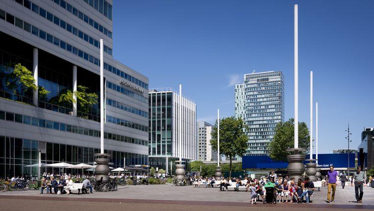 De Amsterdamse Zuidas staat op plek 28 in de lijst met duurste kantoorlocaties ter wereld. Beeld anp