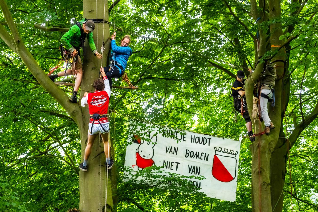 Protest van actiegroep Amelisweerd niet Geasfalteerd in 2019