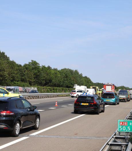File van tien kilometer op A28 tussen Nijkerk en Harderwijk, vertraging van een half uur