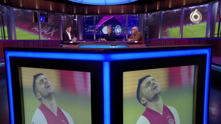Wilfred Genee, Wim Kieft en René van der Gijp tijdens de voorbeschouwing op Ajax - Atalanta. Beeld SBS6