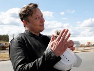Tesla gaat techbedrijven achterna en is nu duizend miljard dollar waard