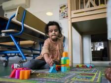 Advies: Regel twee dagen per week betaalbare kinderopvang voor alle jonge kinderen