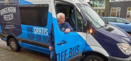 'HOHO-bus' hervat ritten door Heesch met gratis  mondkapjes voor passagiers