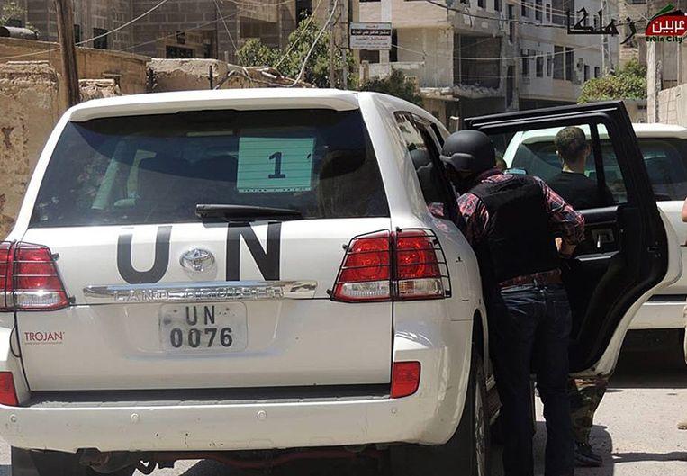 VN-inspecteurs aan het werk in Syrië. Beeld epa