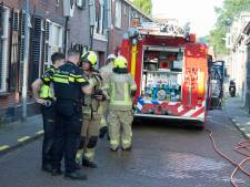 Brandweer beukt deur open van huis in Tholen