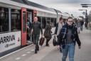 Passagiers van Arriva op de treinlijn tussen Arnhem en Winterswijk.