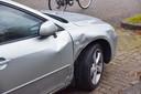 Maaltijdbezorger gewond bij ongeluk met auto