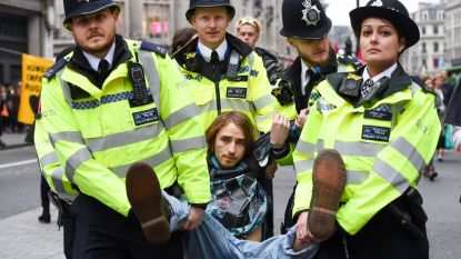 Scotland Yard pakt bijna 300 klimaatactivisten op