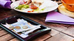 Fooi geven op restaurant: hoeveel geef je best en wat gebeurt er met het bedrag?