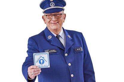 Politieman Jos geeft 7 tips om inbrekers uit je garage te houden