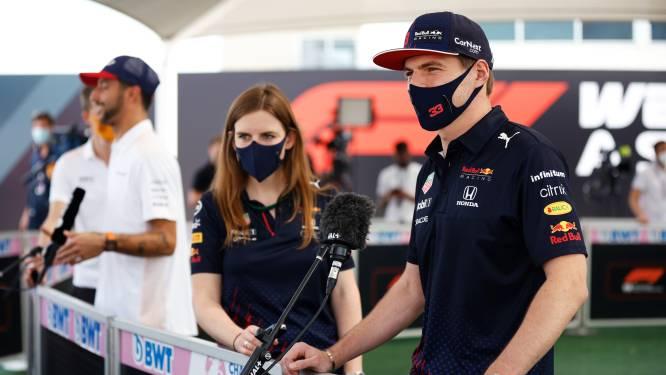 Max Verstappen en Daniel Ricciardo grappen wat af op persconferentie: 'Ben ik de populairste? Dan kan ik met pensioen'