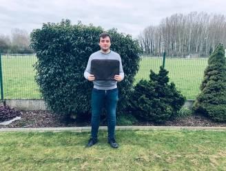 """Vijf studenten brengen kurklederen laptopsleeves op de markt: """"Brede publiek kennis laten maken met voordelen van kurk"""""""