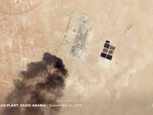"""Les Etats-Unis """"prêts à riposter"""" après les attaques contre le pétrole saoudien"""