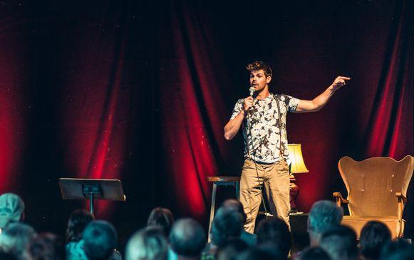 Peter Hens tijdens één van zijn vorige optredens.