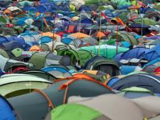 Festival Glastonbury doet plastic flesjes in de ban