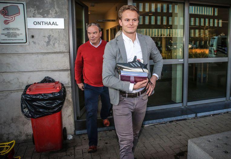 """Voetbalscheidsrechter Bart Vertenten verlaat de gevangenis in 2018, een maand nadat het voetbalschandaal is uitgebroken. """"Het lijkt me zeer onwaarschijnlijk dat hij ooit nog zal fluiten."""" Beeld Photo News"""