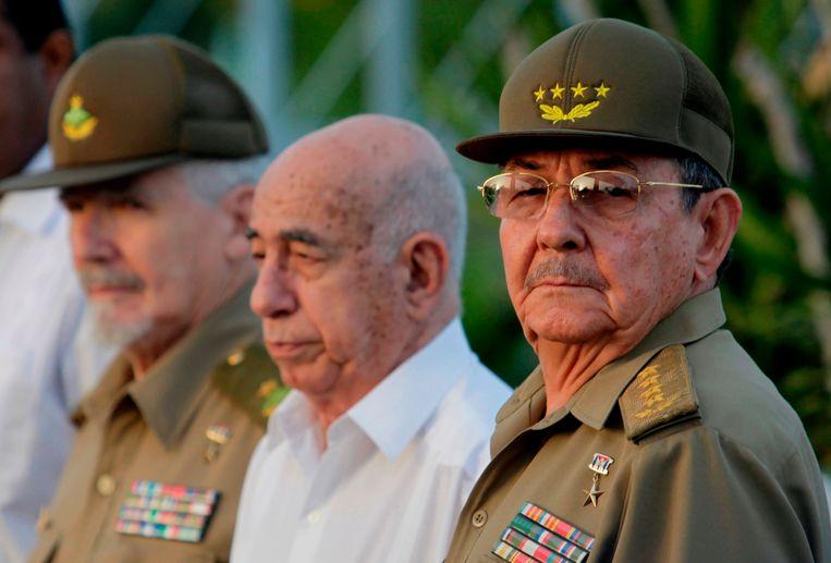Raúl Castro heeft er twee termijnen op zitten als president. Beeld AP
