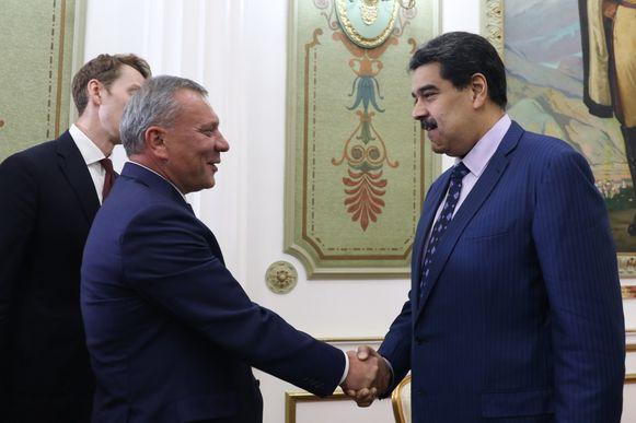 De Russische vicepremier Yuri Borisov en de Venezolaanse president Nicolas Maduro.