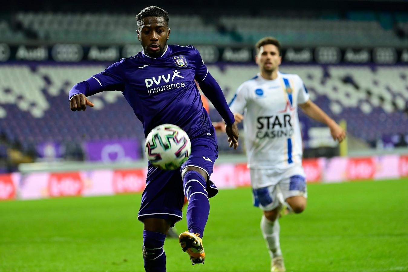 Abdoulay Diaby devra montrer la voie du but à ses jeunes équipiers.