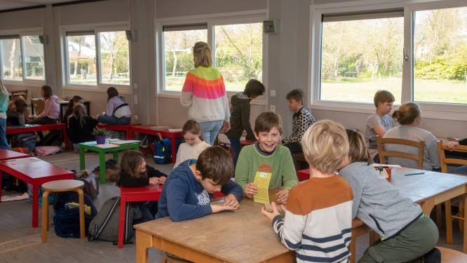 Eureka start lessen in klascontainers en bouwt de komende drie jaar nieuwe school