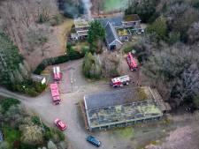 Tweede brand in korte tijd op terrein aan de Zandlaan in Harderwijk: woning zwaar beschadigd