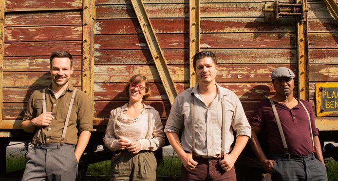 De Nouveau, met van links naar rechts Jef, Katleen, Wouter en Wim.