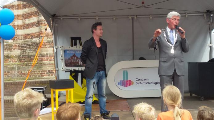 """""""Het lage wachten wordt beloond"""", aldus burgemeester Pommer"""