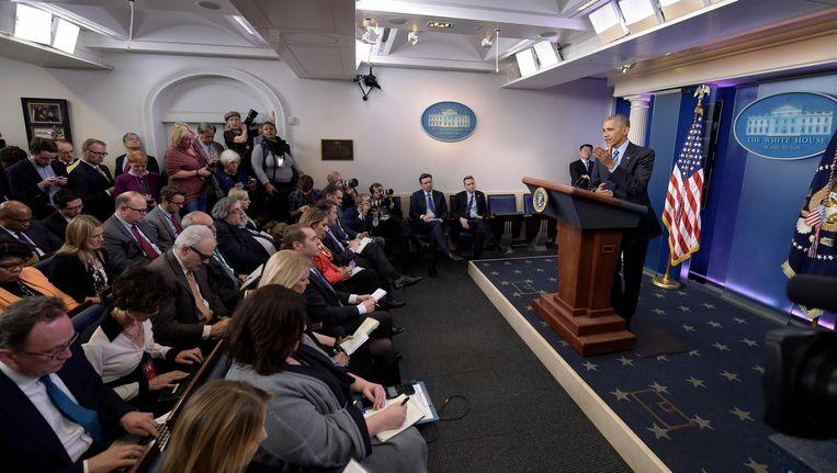 President Obama vrijdagavond tijdens de persconferentie in het Witte Huis, waar hij de Russen fel bekritiseerde. Beeld ap