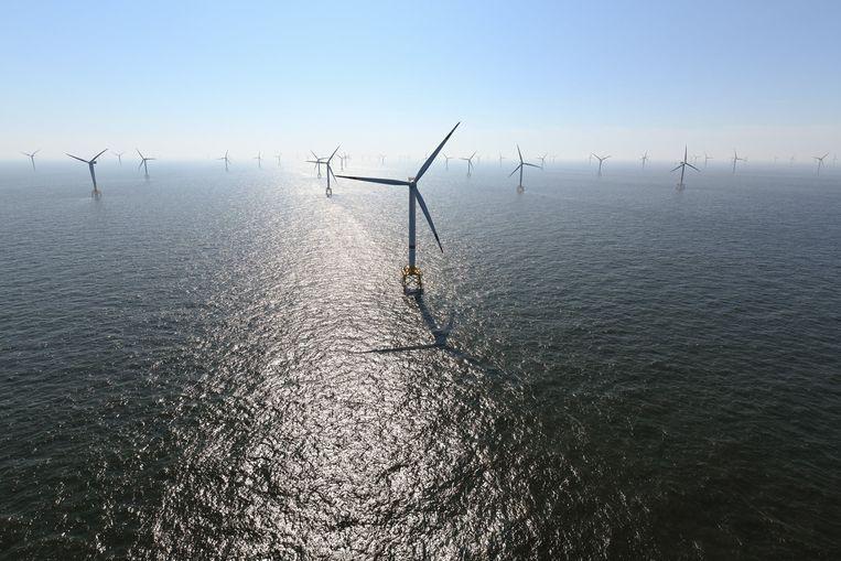 Een windmolenpark in de Noordzee. Beeld Photo News