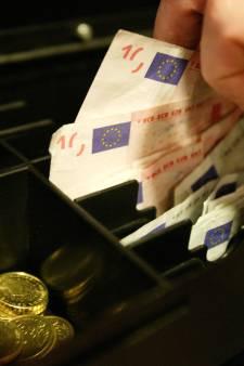 Werkstraf voor ex-werknemer die zichzelf uit rancune bonussen toebedeelde uit kassa Het Goed in Deventer