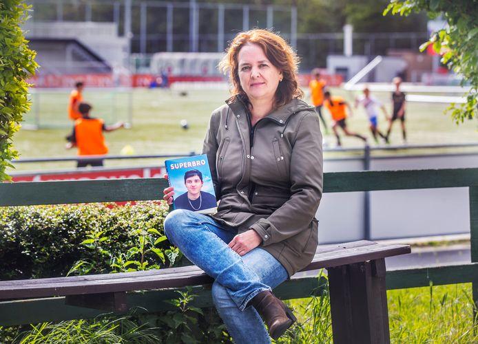 Mariëtte van der Voet schreef een boek over haar overleden zoon Pim.