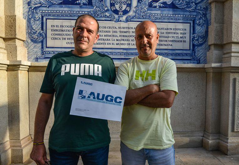 Twee politieagenten in Ceuta   Beeld Antonio Sempere