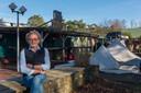 Campingeigenaar Paul van Os op camping de Zwarte Bergen. De camping gaat in april sluiten, de ontmanteling van het park is al in volle gang.