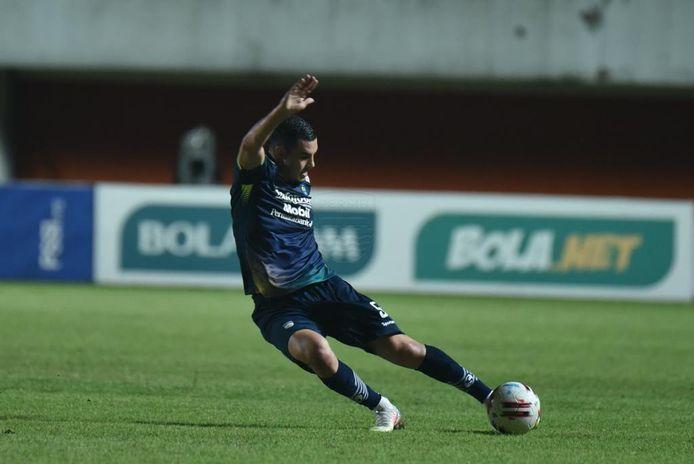 Farshad Noor is na het voorseizoen alweer vertrokken bij Persib Bandung, dat hogere verwachtingen van hem had.