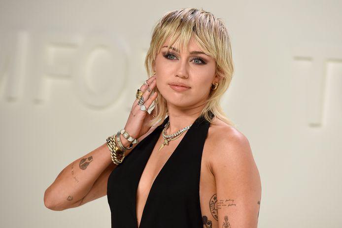 Miley Cyrus au défilé Tom Ford, le 7 février 2020.