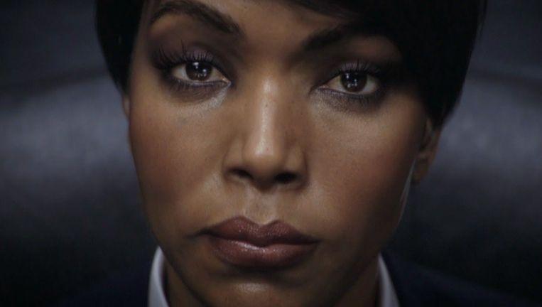 Angela Bassett vertolkt in 'Rainbow Six: Siege' de baas van het spelerspersonage. Beeld Ubisoft