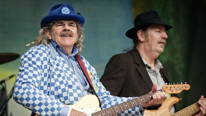 Groots Afscheid Van Boerenrockband Normaal Muziek Ad Nl