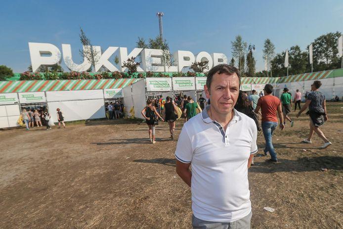 """Dirk De Wilde en zijn familie keren nog elk jaar terug naar Kiewit. """"Omdat we weten dat dit de laatste plek is waar Marijke gelukkig was."""""""
