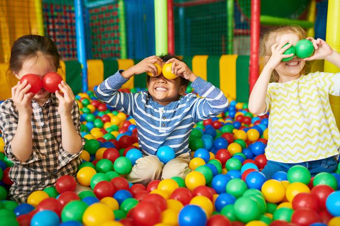 Ballenbak speelparadijs Binnenspeeltuin